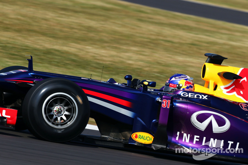 Ricciardo to Red Bull 'makes sense' - Vettel