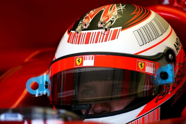 Ferrari confirms two-year deal for returning Raikkonen