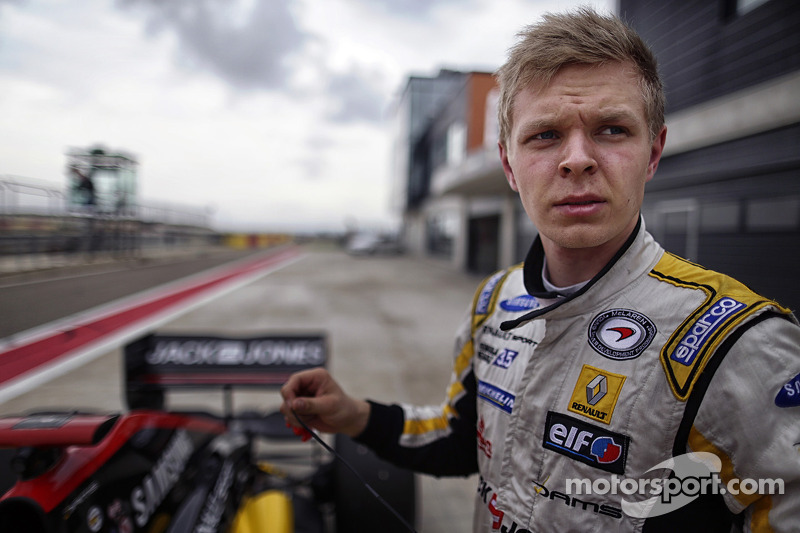 Magnussen and DAMS dominated Paul Ricard