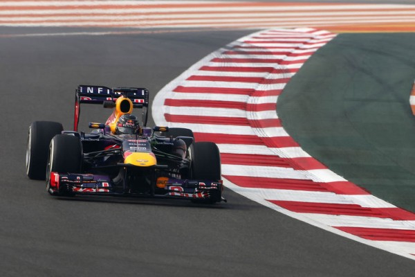 Vettel starts strongly in India