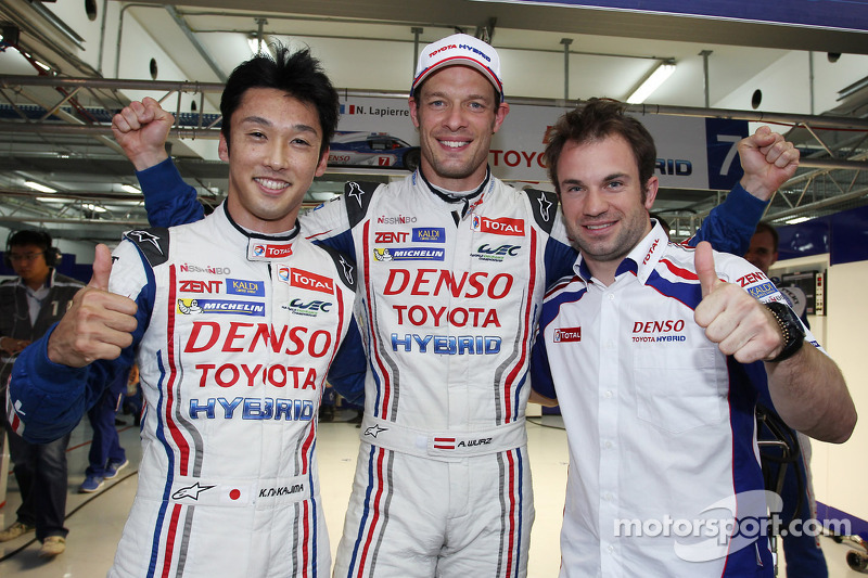 Toyota Racing sweeps front row in Bahrain