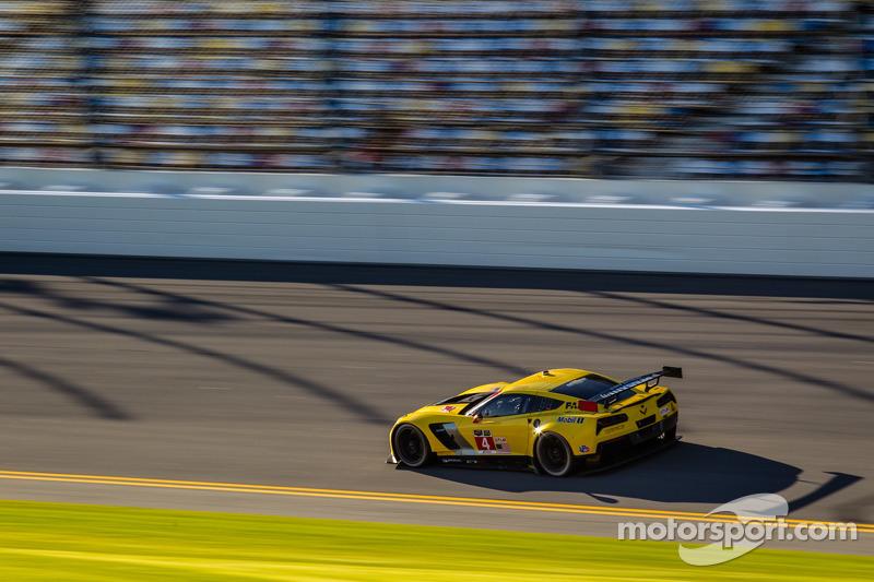 Testing but encouraging Rolex 24 at Daytona for Oliver Gavin