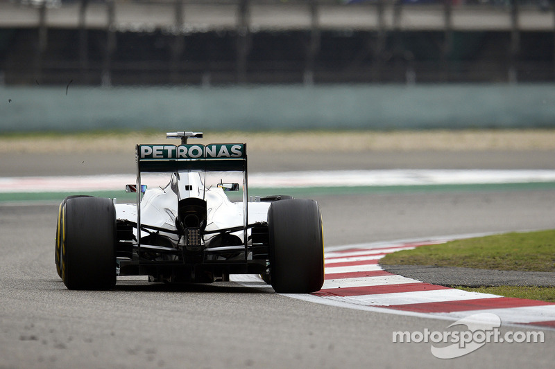 Mercedes to test 'megaphone' next week