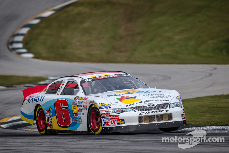 Rhodes beats Suarez to the line in NASCAR K&N East