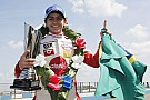 Pietro Fittipaldi takes three wins at Donington - video
