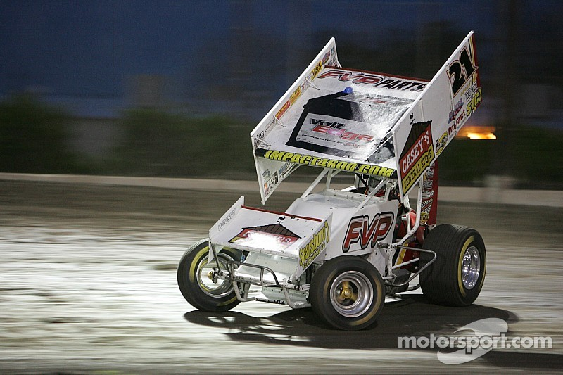Brian Brown takes night one at the FVP Knoxville Nationals