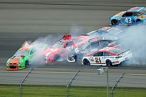 NASCAR Sprint Cup Breaking news Danica Patrick triggers multi-car wreck early at Michigan