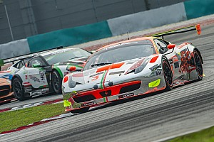GT Race report Mok and Sawa close in on title lead at Sepang
