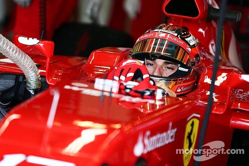 Ferrari wants three-car teams 'for the show'