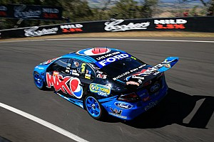 Winterbottom dominates practice and sets new Bathurst lap record