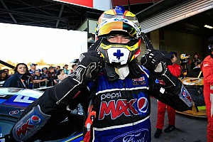 Mostert snatches Bathurst 1000 victory from Whincup on the final lap