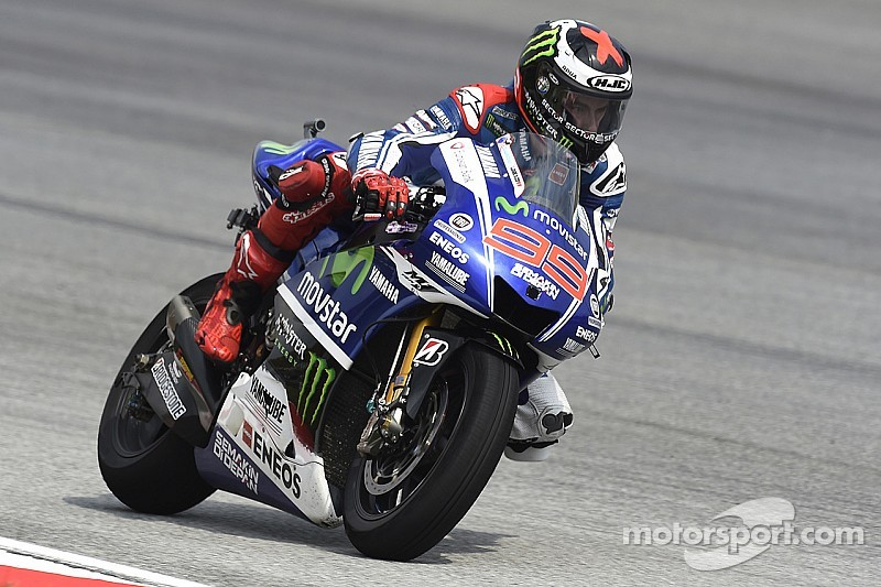 Yamaha: Lorenzo secures front row in heated Sepang Qualifying