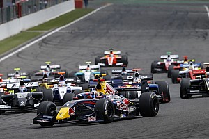 Formula 3.5 Breaking news 12 teams entered in the Formula Renault 3.5 Series in 2015