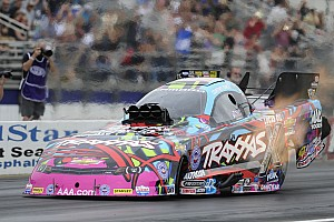 NHRA Qualifying report C. Force, Todd, Mcgaha and Arana Jr. race to No. 1 qualifying positions at NHRA Four Wide-Nationals
