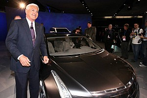 Bob Lutz: Manufacturers don't need racing, 'Certainly not NASCAR'