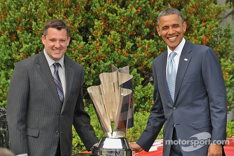 Harvick at the White House: President cracks wise about DeLana's 'own firesuit'