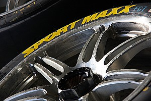 V8 teams given extra tyres for Winton