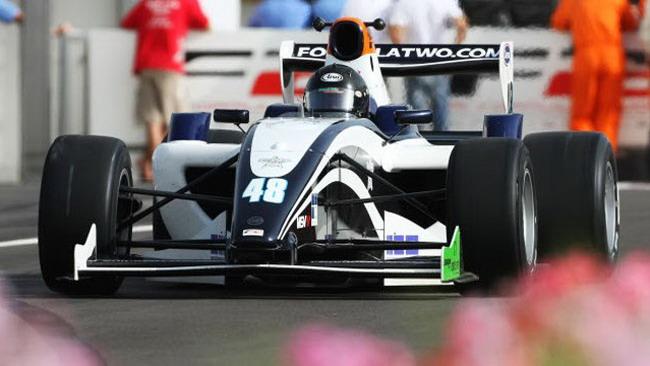 Marrakech: Stoneman dalla pole alla vittoria in gara 1