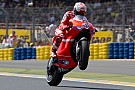 Le Mans, libere 2: Stoner risponde alle Yamaha