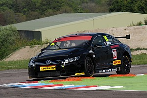 BTCC Practice report Plato breaks lap record in Oulton Park practice