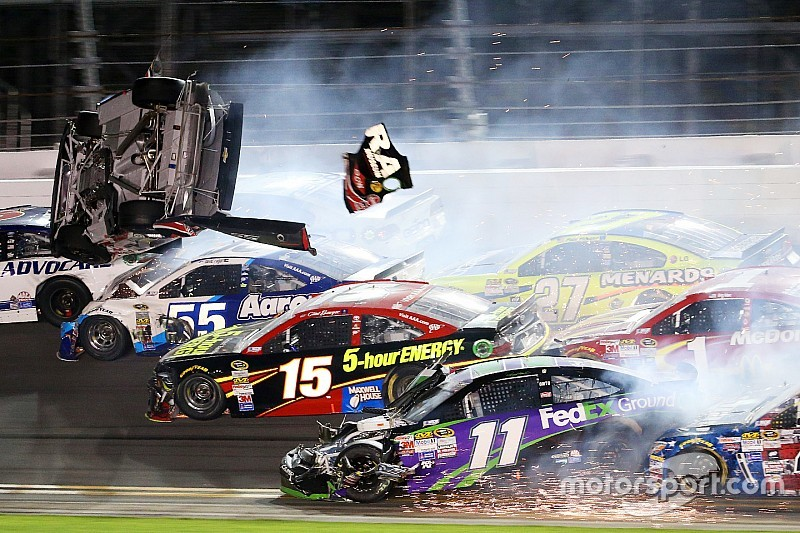 """Earnhardt """"on the verge of tears"""" after seeing Dillon's crash"""