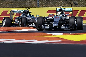Hamilton hit with penalty points for Ricciardo clash