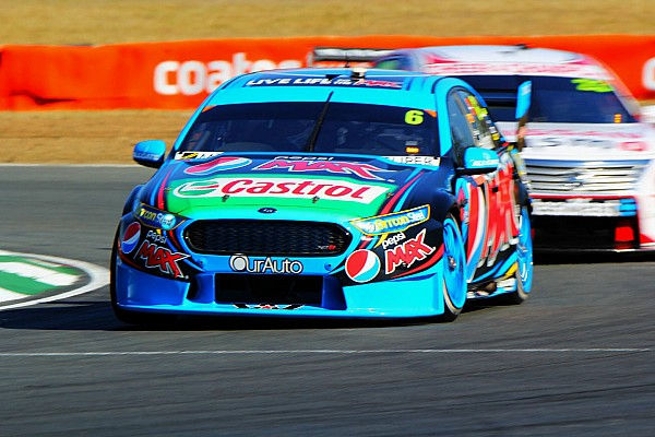 Mostert dominates Sunday V8 race