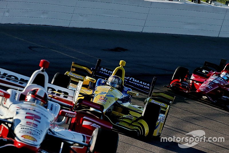 Fontana está fuera del calendario 2016 de IndyCar