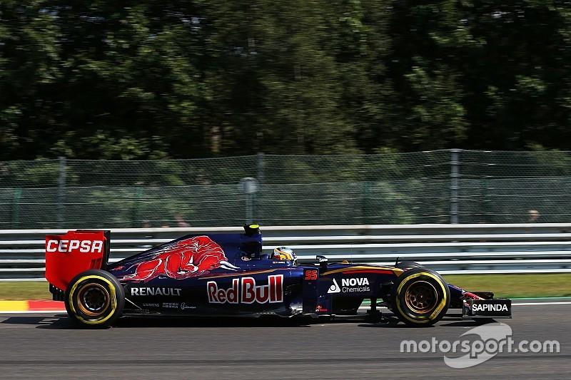Carlos Sainz, decepcionado por el cuarto retiro al hilo