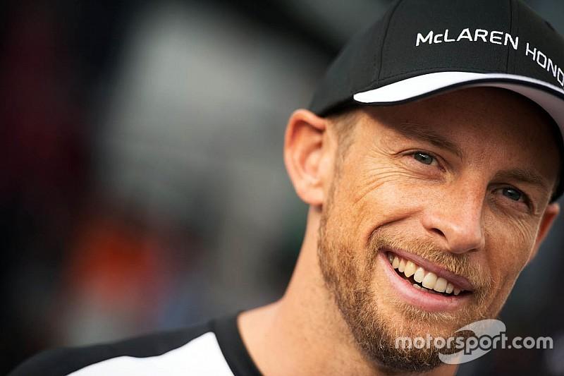 Button mantiene la fe en Honda
