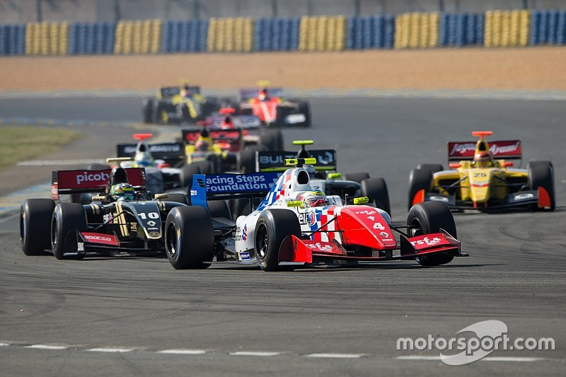 Formula 3.5 unveils team list for 2016