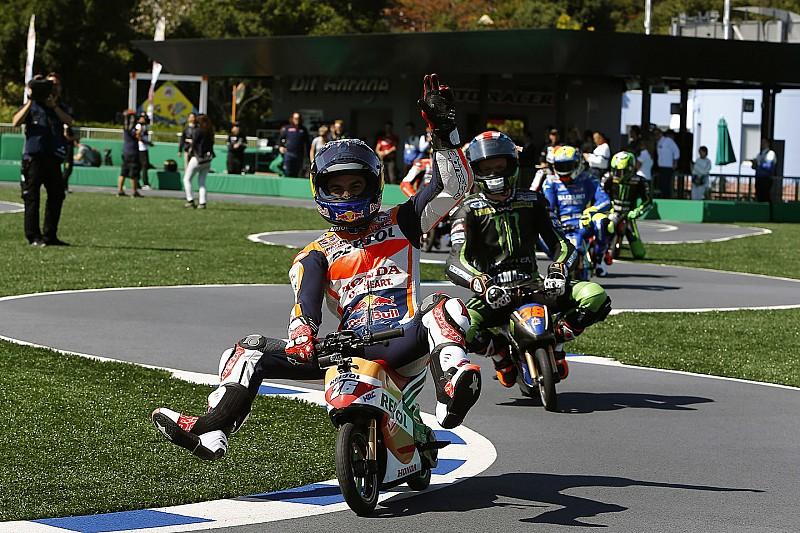 Grosjean calls for MotoGP-style Friday action