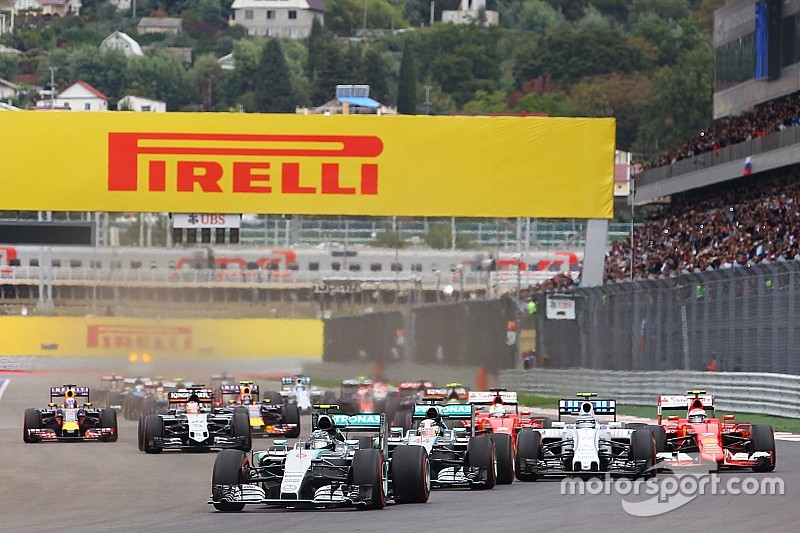 F1 manufacturers to hold engine rules summit