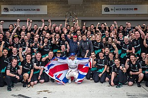Formula 1 Commentary Inside Line F1 Podcast: Crowning three-time champion Lewis Hamilton