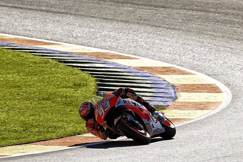 Valencia MotoGP: Marquez heads Lorenzo in final warm-up, Rossi fourth