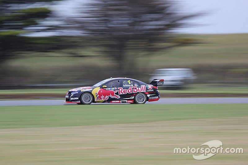 Phillip Island V8s: Whincup, McLaughlin top qualifying sessions