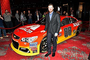 NASCAR Sprint Cup Breaking news 2016 Dale Earnhardt Jr. Axalta scheme unveiled
