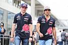 Kerstgroet van Max Verstappen en Carlos Sainz