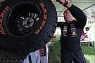 Video: Gebroeders Coronel trotseren noodweer met een 'open Buggy'