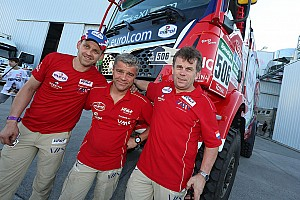 Dakar Stage report Dakar Trucks, Stage 2: Stacey leads as early leader Villagra slows