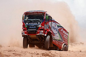 Dakar Stage report Dakar Trucks, Stage 12: Versluis gets second win, De Rooy extends lead
