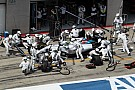 Williams drivers caught out by team's quick pitstops