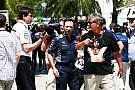 Mercedes не відновлювала діалог з RBR