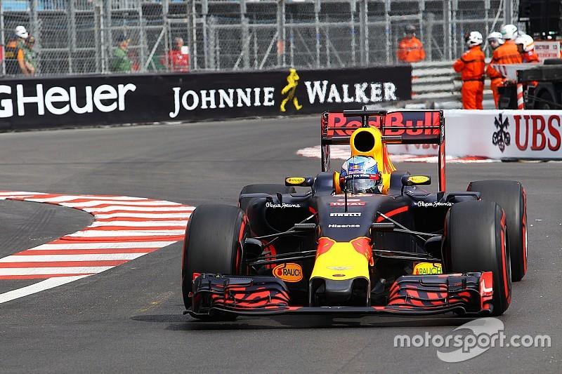 摩纳哥大奖赛FP2:里卡多力压梅赛德斯,领跑全场