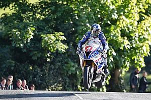 Straßenrennen Rennbericht Doppel-Erfolg für Ian Hutchinson: Sieg in Supersport- und Superstock TT