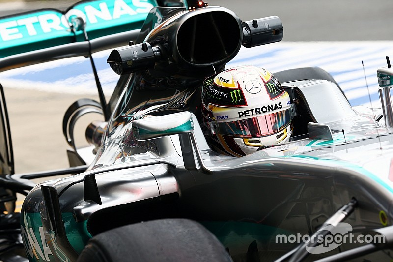 F1イギリスGPフリー走行1回目:メルセデス圧倒。ハミルトンが首位