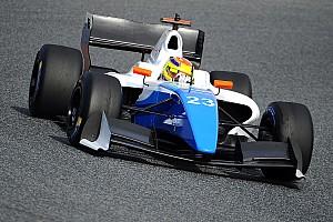 Формула V8 3.5 Отчет о квалификации Ваксивьер выиграл квалификацию второй гонки в Сильверстоуне