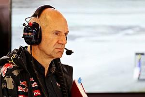 Формула 1 Новость Хорнер рассказал о вкладе Ньюи в автомобиль 2017 года