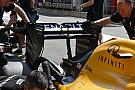 Renault: l'ala posteriore molto scarica non convince
