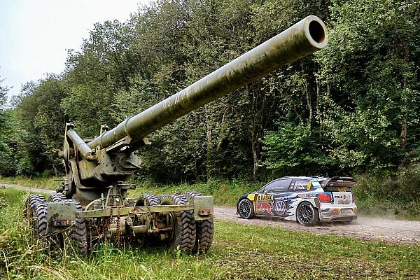 WRC Yarış ayak raporu Korsika WRC: Meeke Sorun Yaşarken, Ogier Cuma Gününü hatasız tamamladı